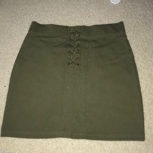 Olive green pencil skirt forever 21